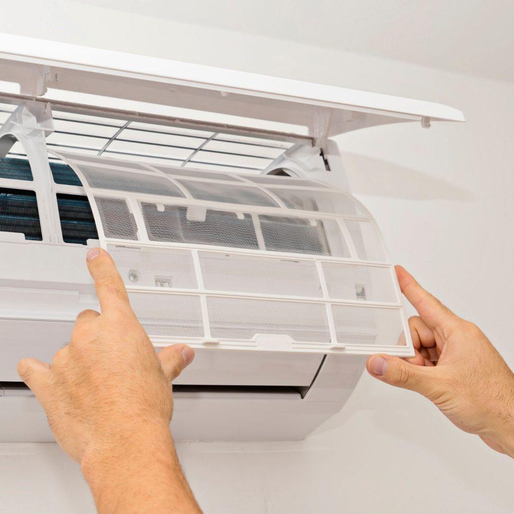 Replacing air filter